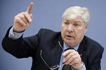Předseda německé odborové centrály DGB Michael Sommer.