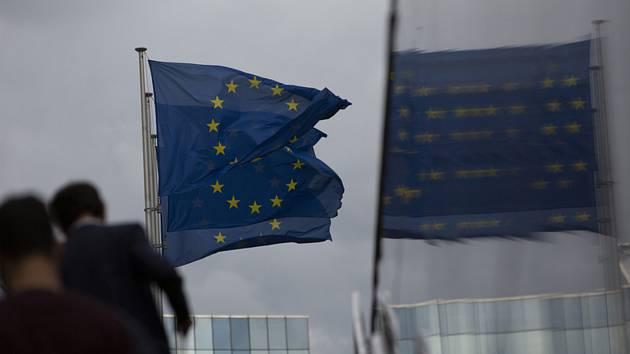 Vlajky EU v Bruselu. Ilustrační snímek