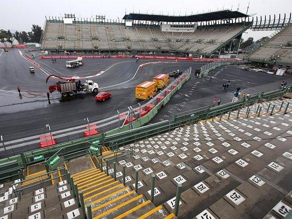 Přípravy na F1 v Mexiku jsou v plném proudu
