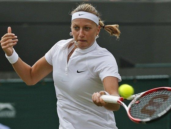Petra Kvitová během utkání 2. kola Wimbledonu