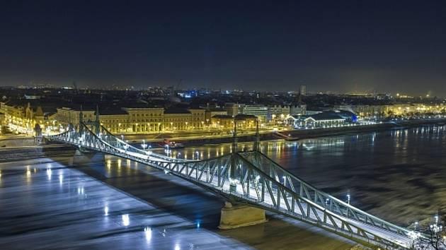 Budapešť.