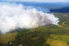 Švédsko se potýká s lesními požáry