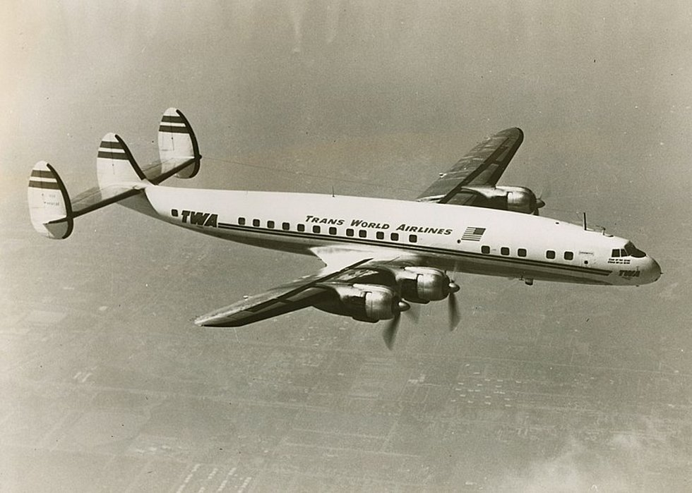 Letadlo Lockheed L-1049A Super Constellation společnosti TWA. Přesně takový letoun byl účastníkem kolize nad Grand Canyonem v roce 1956.