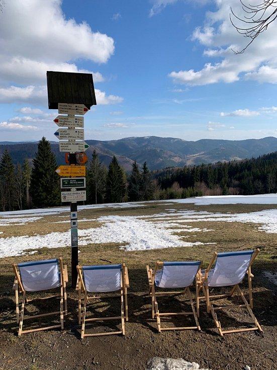 Značené trasy vBeskydech nečelily většímu náporu turistů.