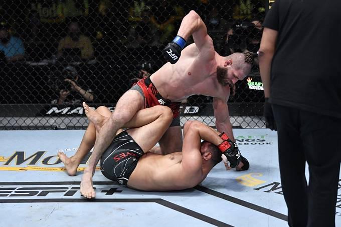 Jiří Procházka během druhého duelu v UFC