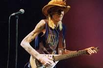 Johny Winter během vystoupení v Dallasu v roce 1968. Dodnes patří k legendám rocku a blues.