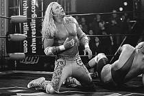 SHOWMAN. Wrestler Ram nezklame jenom v ringu, Mickey Rourke dokázal nezklamat ve filmu.
