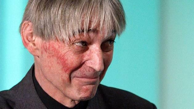 VZPOMÍNKA. Vladimír Dlouhý v roce 2009.