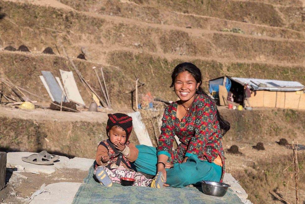 Nepál, jeden znejchudších států na světě, který byl před pěti lety poničen zemětřesením, zněhož se doposud nevzpamatoval.