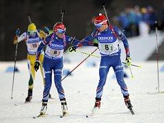 Biatlonisté Eva Puskarčíková a Michal Krčmář ve smíšené štafetě dvojic na SP v Novém Městě na Moravě.