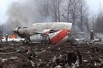 Trosky prezidentského letadla krátce po havárii ve Smolensku