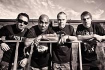 Do Rock Café přijede legendární tvrdá americká kytarová formace Dog Eat Dog.