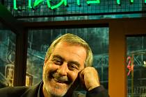 Krásný ztráty, populární talk show Michala Prokopa, míří do finále. V prosinci odvysílá Česká televize poslední epizodu s neuvěřitelnou číslovkou pět set.