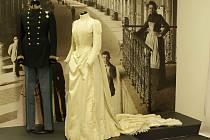 Autoři výstavy Monarchie v Národním muzeu odvedli dobrou práci. Nabízejí dobové interiéry i věci denního života.