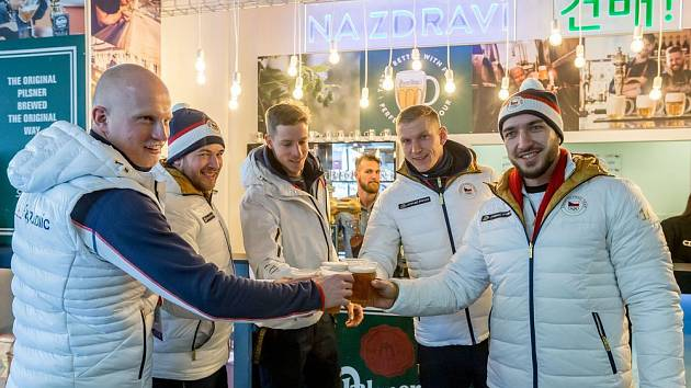 Český dům se otevřel sportovcům i veřejnosti.