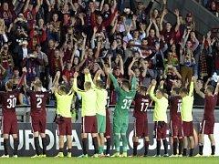 Radost sparťanů po výhře nad Interem Milán. Bude na Letné dnes večer panovat stejná nálada?