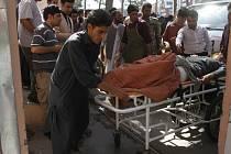Pumový útok na autobus v Afghánistánu