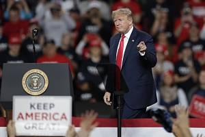 Americký prezident Donald Trump na mítinku v Toledu.