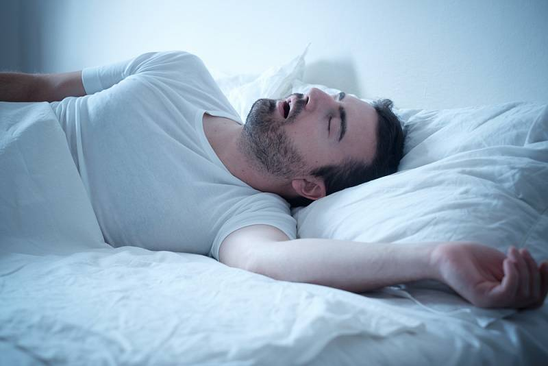 Naopak dobrý spánek snižuje riziko nákazy covidem, zjistili vědci.