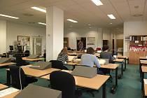 Archivy využívají při své práci studenti, akademici i laická veřejnost. Zavřené jsou některé z nich už od prosince bez přestávky.