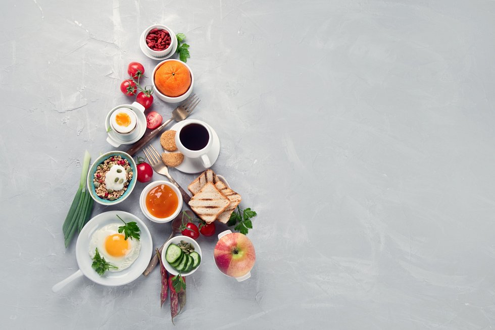 Jedna porce smažené ryby a pár kousků cukroví vám rozhodně neublíží, ale dva týdny přejídání už negativní efekt mají.