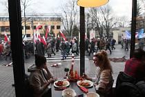 Ve Varšavě manifestovalo až 45.000 příznivců polské vládní strany.