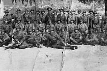 První rota osmé jízdní brigády 4. rumunské armády. Rumunští vojáci se po státním převratu provedeném v srpnu 1944 přidali k Rudé armádě a podíleli se i na osvobozování Československa