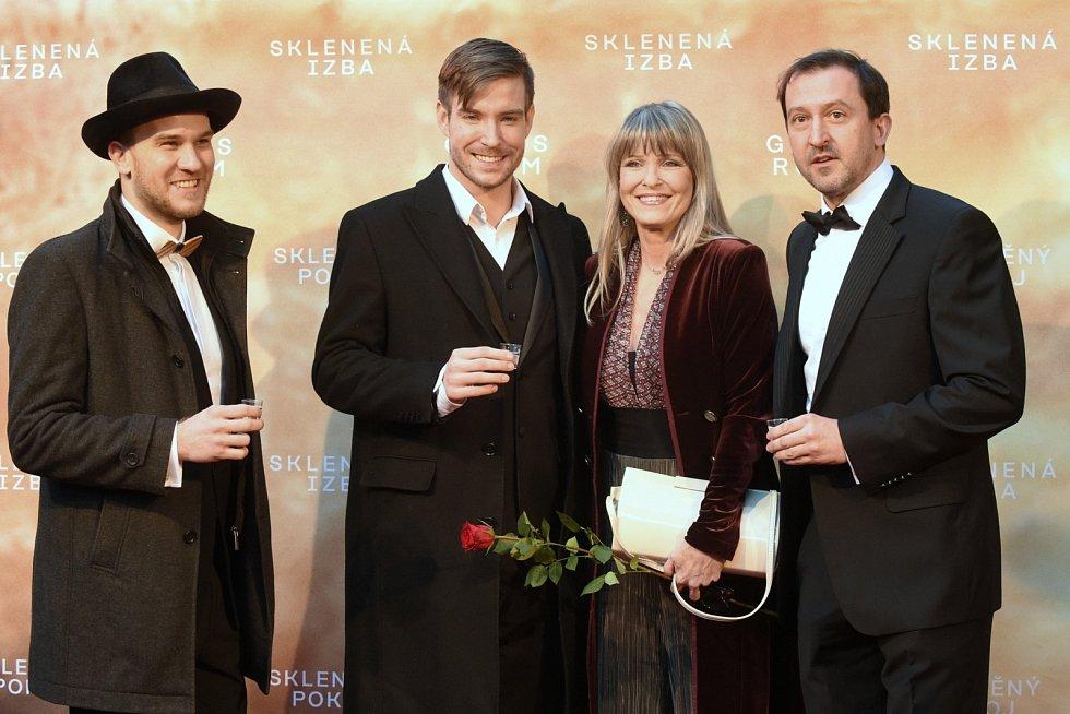 Slavnostní premiéra filmu Skleněný pokoj v brněnském univerzitním kině Scala - Vladimír Polívka, Chantal Poullain a Martin Hofmann.