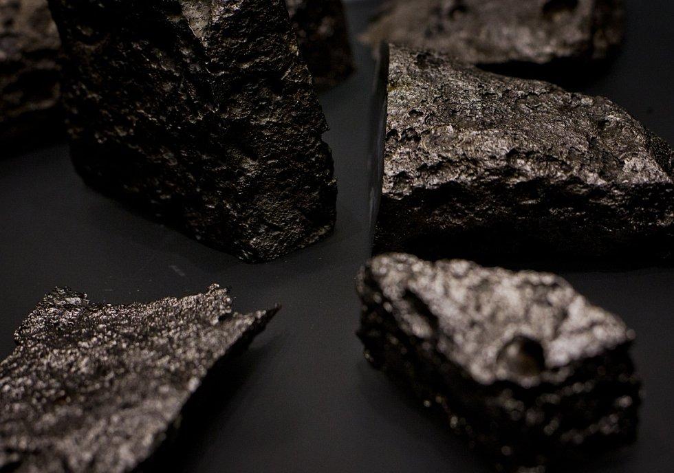 Klenot českých muzejních sbírek – vzácné meteority z Opavy-Kylešic.