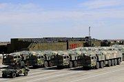 Čína představila v neděli nové balistické střely.