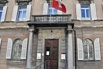 Budova federálního trestního soudu ve švýcarské Bellinzoně, kde bylo souzeno šest bývalých manažerů a majitelů Mostecké uhelné společnosti.