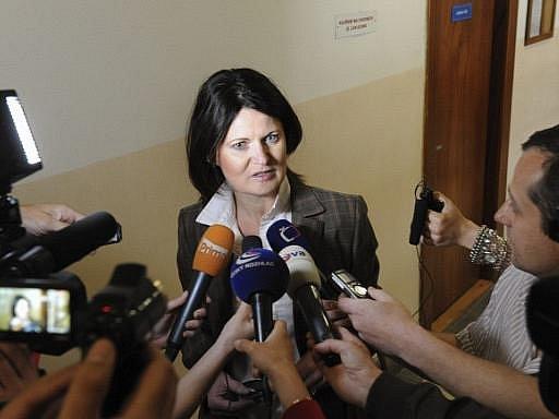 Krajský soud v Ostravě se začal zabývat žalobou, kterou na expředsedu KDU-ČSL Jiřího Čunka podala jeho bývalá sekretářka Marcela Urbanová (na snímku). Urbanová žádá za údajné zničení dobré pověsti deset milionů korun.