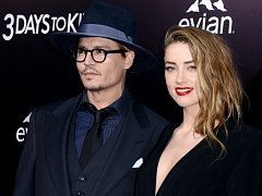 Johnyho Deppa s Amber Heardovou.