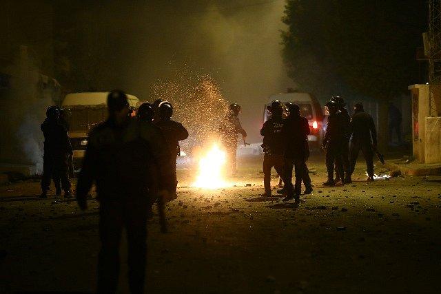 Protesty proti vysokým cenám v Tunisku.