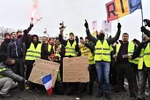 Do ulic Paříže znovu vyrazili příslušníci Hnutí žlutých vest