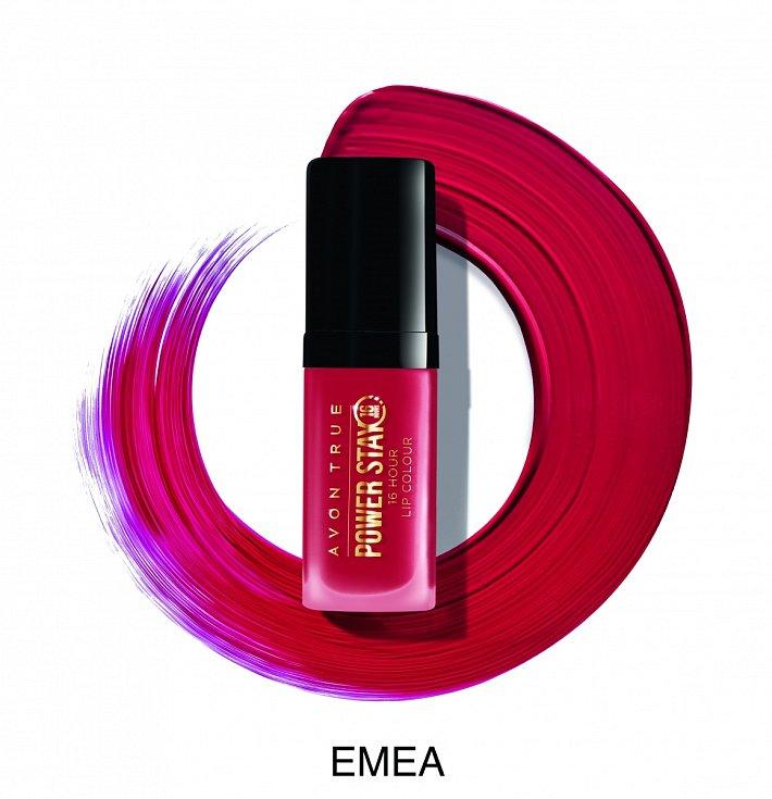 Červená rtěnka Power Stay pro 16 hodinový efekt, Avon, 199 Kč. Sytý odstín pro odvážné a výjimečnou příležitost.