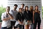 Zleva: režisér JIŘÍ SÁDEK a youtubeři - PEDRO, SHOPAHOLIC NICOL, KOVY, GABRIELLE HECL, NICOL, LUCIE