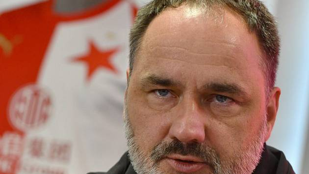 Hlavní trenér Slavie Jindřich Trpišovský.