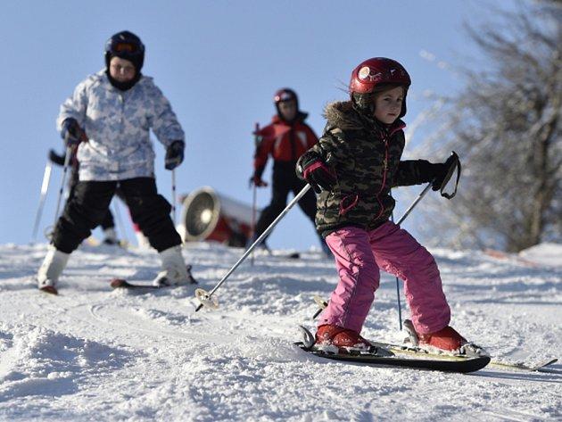 České a moravské lyžařské areály zaznamenaly dosud nejlepší víkend v této zimě.
