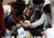 Následky údajného chemického útoku v Sýrii ve městě Dúmá.