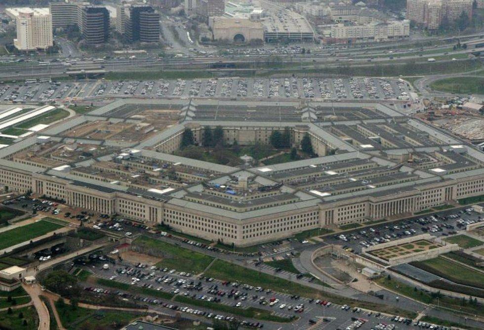 Pohled na budovu Pentagonu ve Washingtonu, kde je sídlo Ministerstva obrany Spojených států amerických.