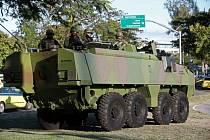 Vojáci v ulicích Ria de Janeira