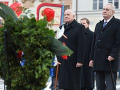 Zeman a Klaus položili věnce u pomníku bývalého prezidenta Beneše