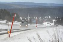 Silnice z Božího Daru směrem na Klínovec. Ilustrační foto