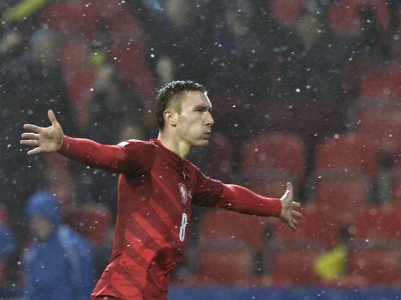 Jaromír Zmrhal se raduje z gólu proti Norsku.