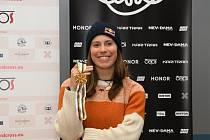 Eva Samková se zlatou medailí