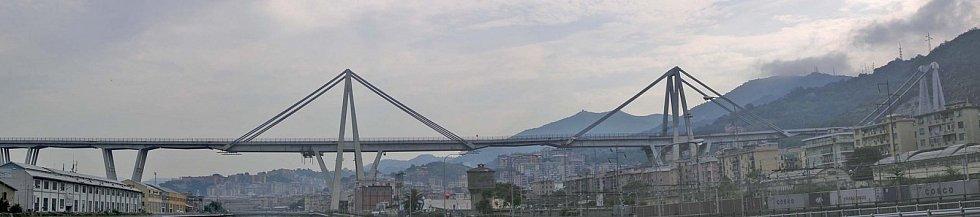 Most v Janově ve své původní podobě.
