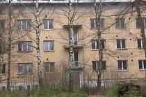 Bývalá kasárna u Míšova, kde do roku 1991 působila sovětská armáda.