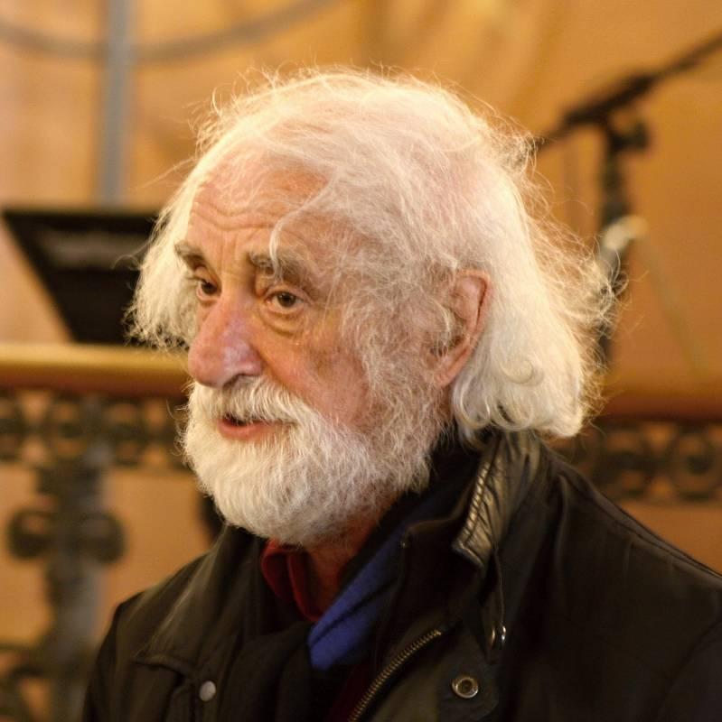 Jindřich Štreit je světově uznávaným dokumentárním fotografem. Před nedávnem oslavil 75. narozeniny