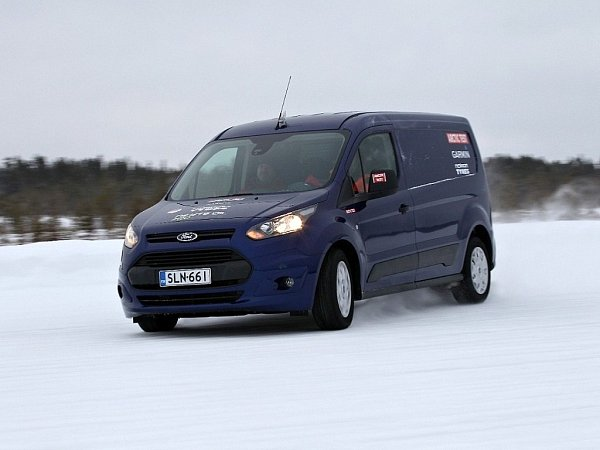 Ford Transit Connect vArktickém testu dodávek.